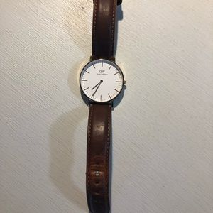 Like new Daniel Wellington women's watch